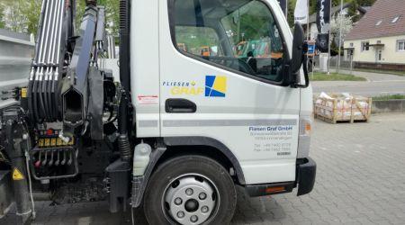 Fahrzeugbeschriftung Fliesen Graf Fuso